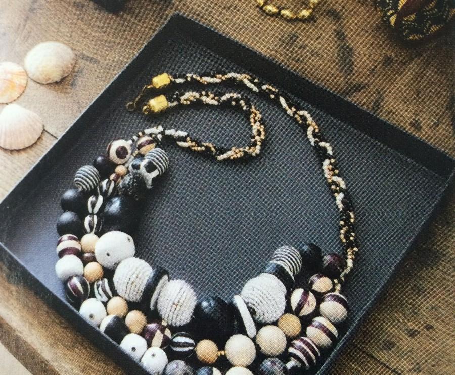 noiretblanc,inspiration ethnic et graphique, motifs peints sur perles originales
